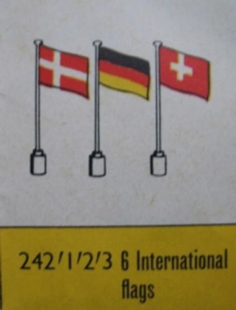 6 International Flags -1-