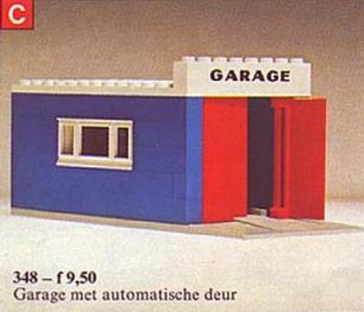 Garage with Automatic Doors