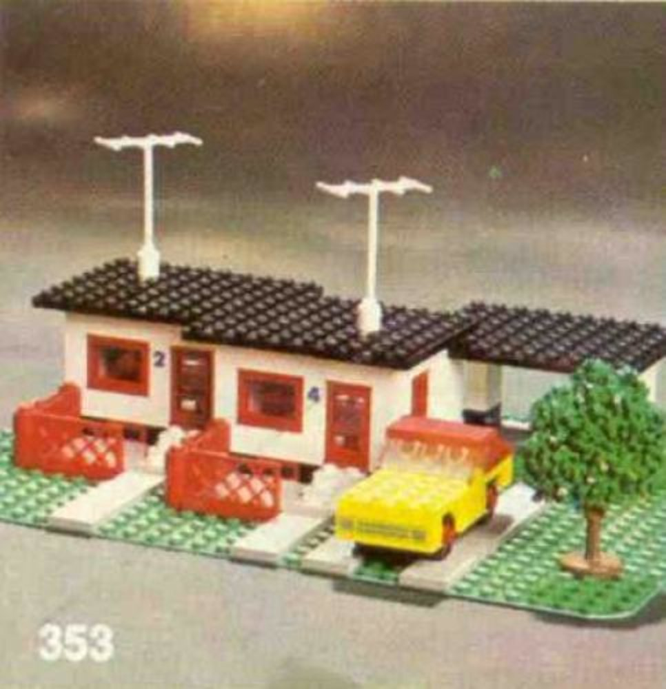 Terrace House with Car and Garage