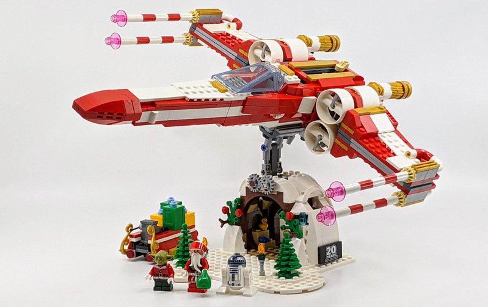 Yuletide Squadron Xmas-Wing Starfighter