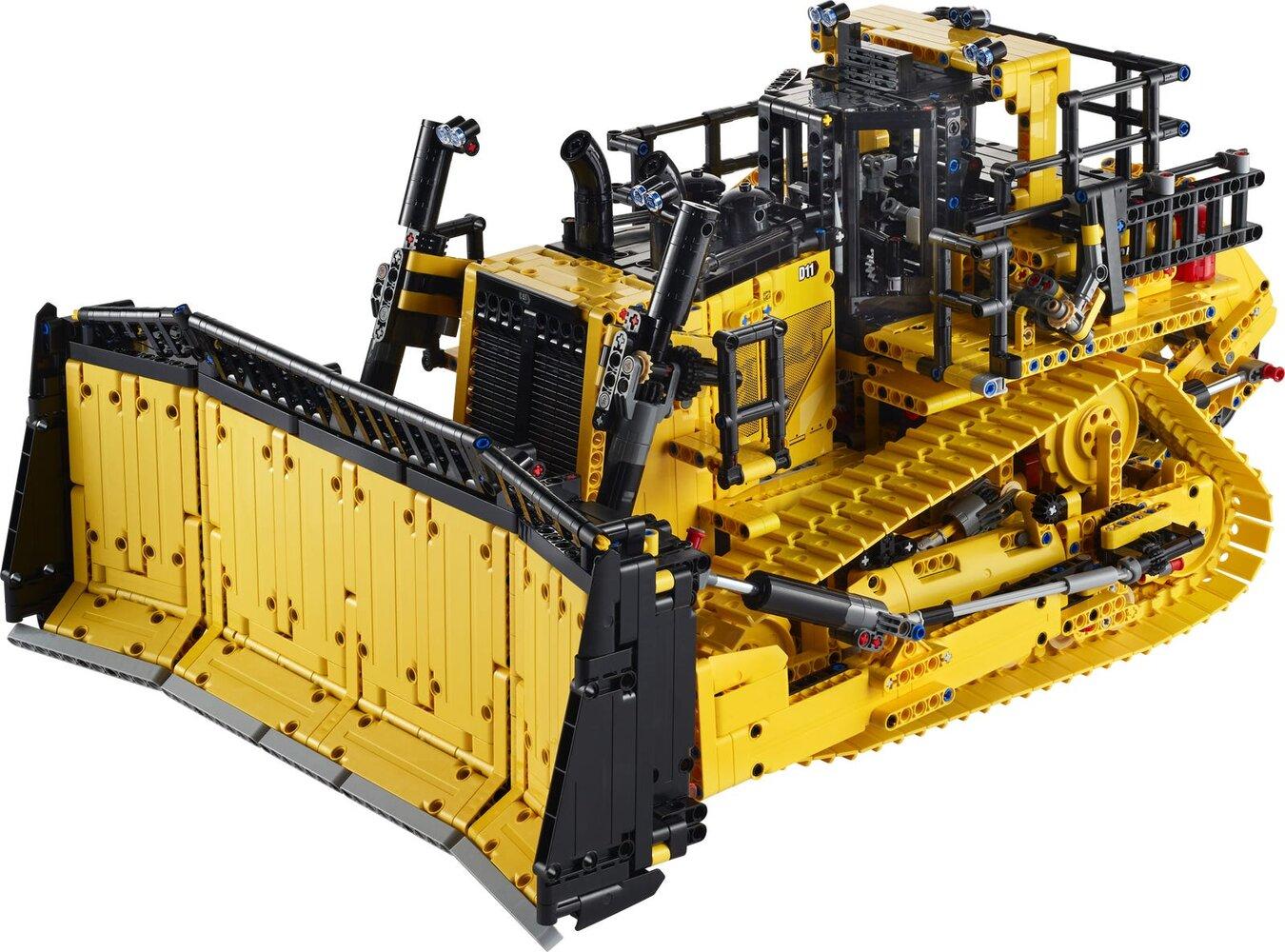 Cat D11 Bulldozer