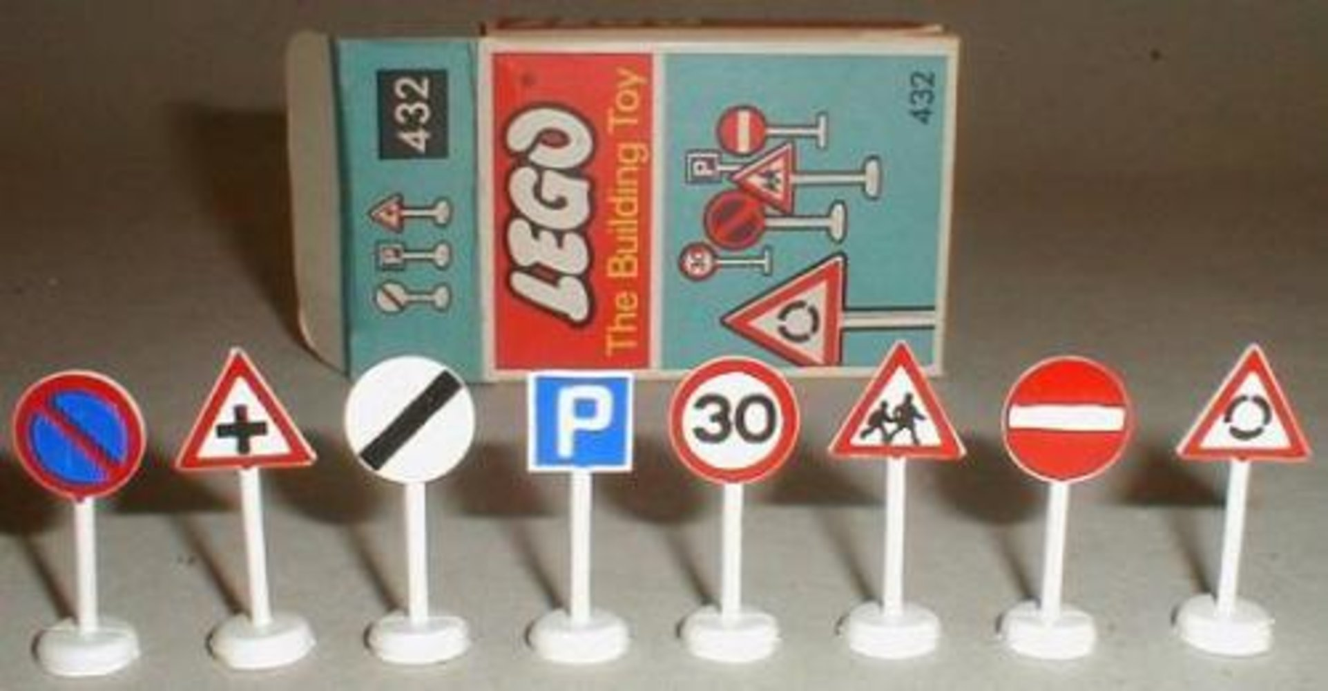 Road Signs (The Building Toy)