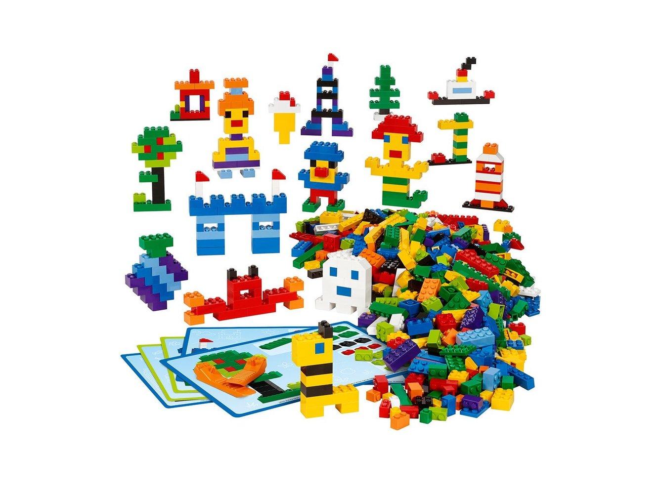 Creative LEGO Brick Set