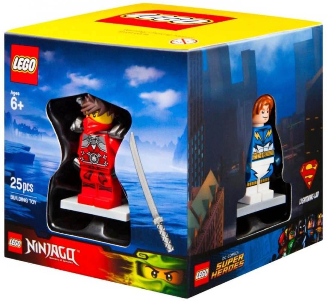 2015 Target Minifigure Gift Set