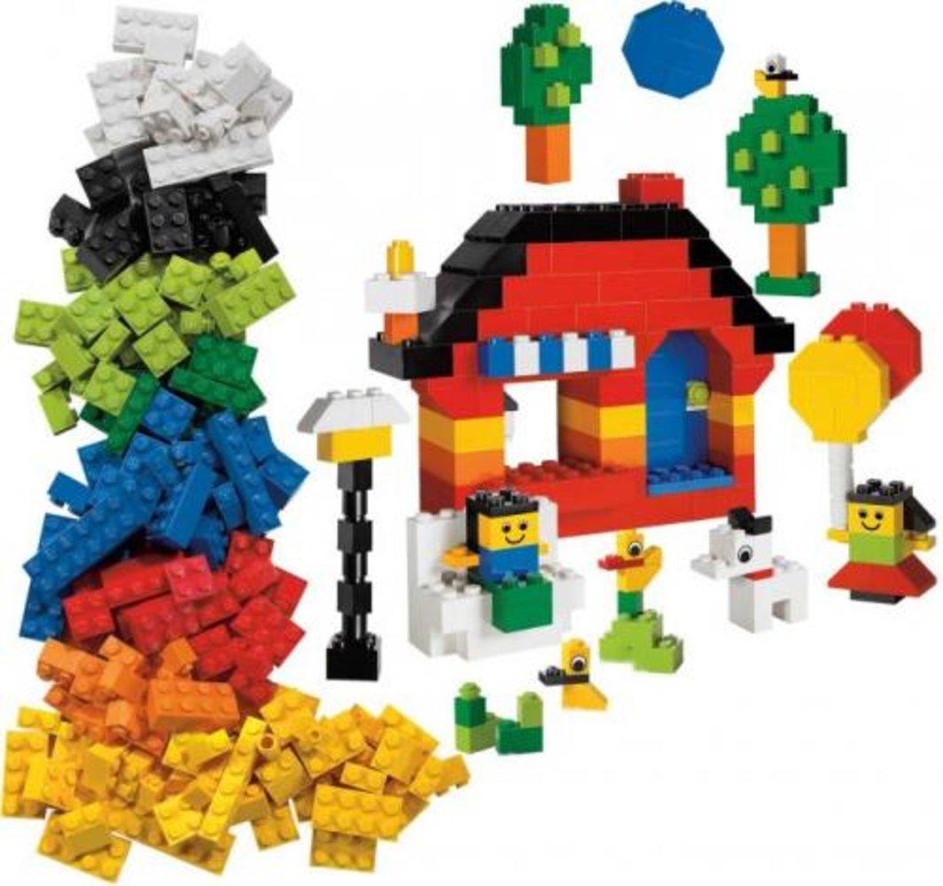 Fun with LEGO Bricks