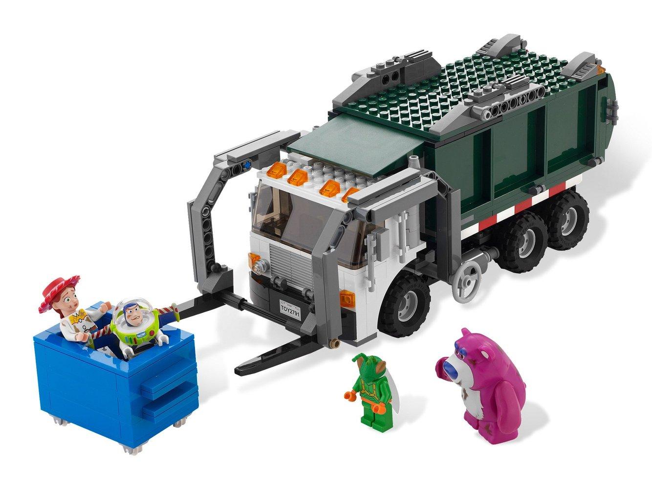 Garbage Truck Getaway