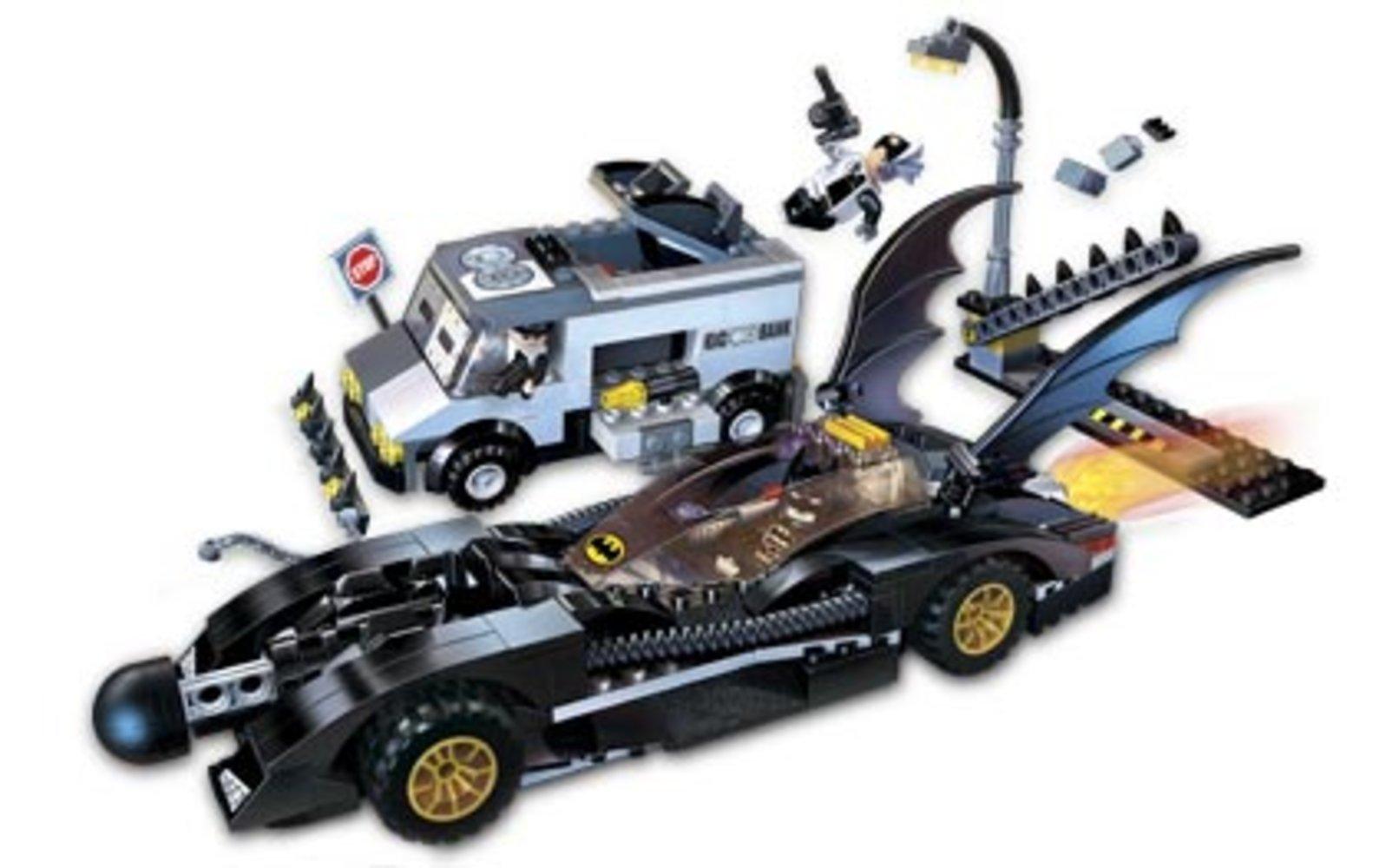 The Batmobile: Two-Face's Escape