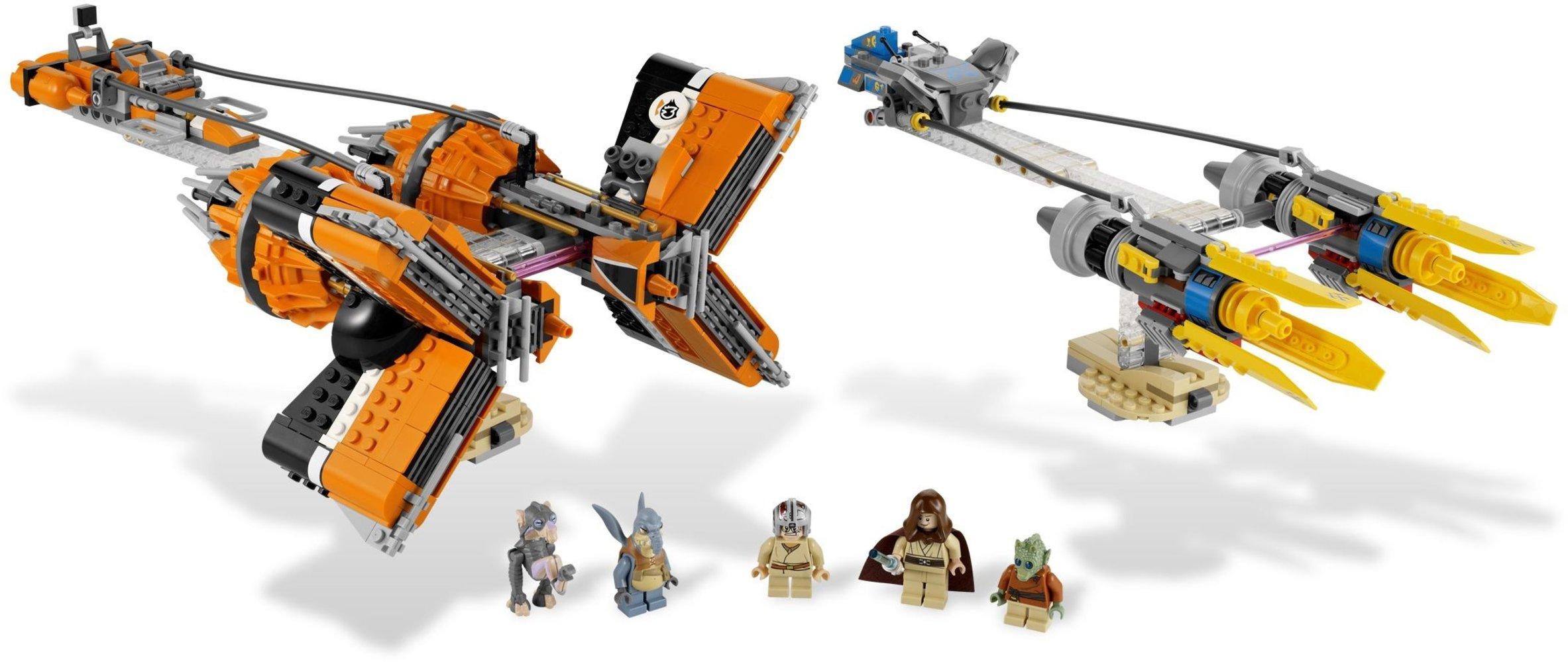 Anakin's and Sebulba's Podracers