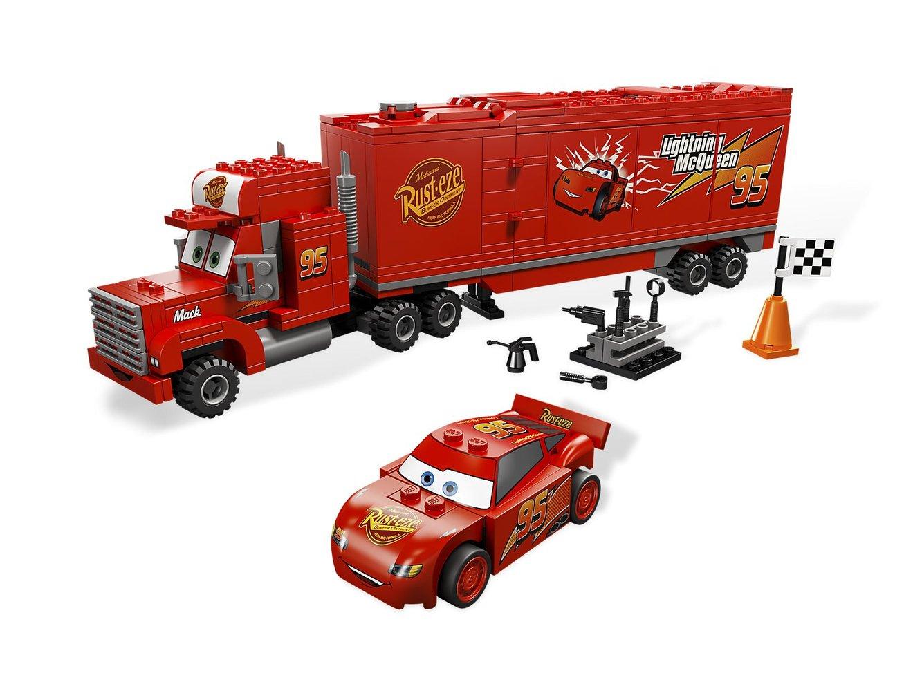 Mack's Team Truck