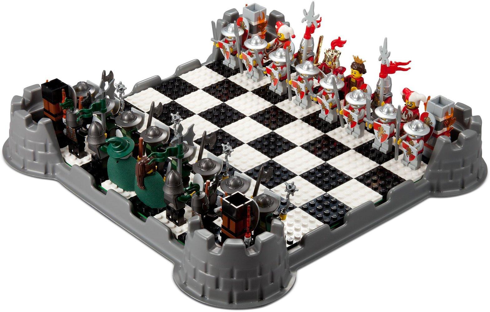 Kingdoms Chess Set
