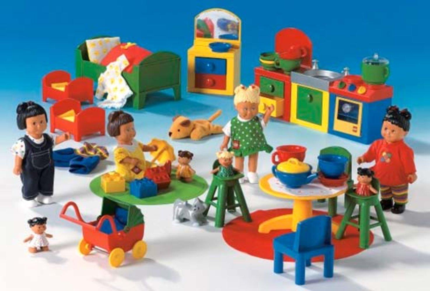 Dolls Large Set