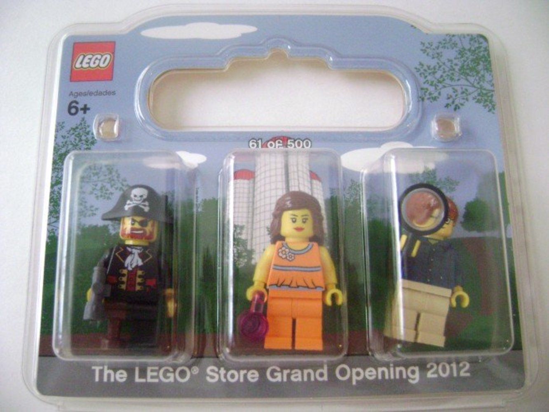 LEGO Store Grand Opening Exclusive Set, North Point Mall, Alpharetta, GA