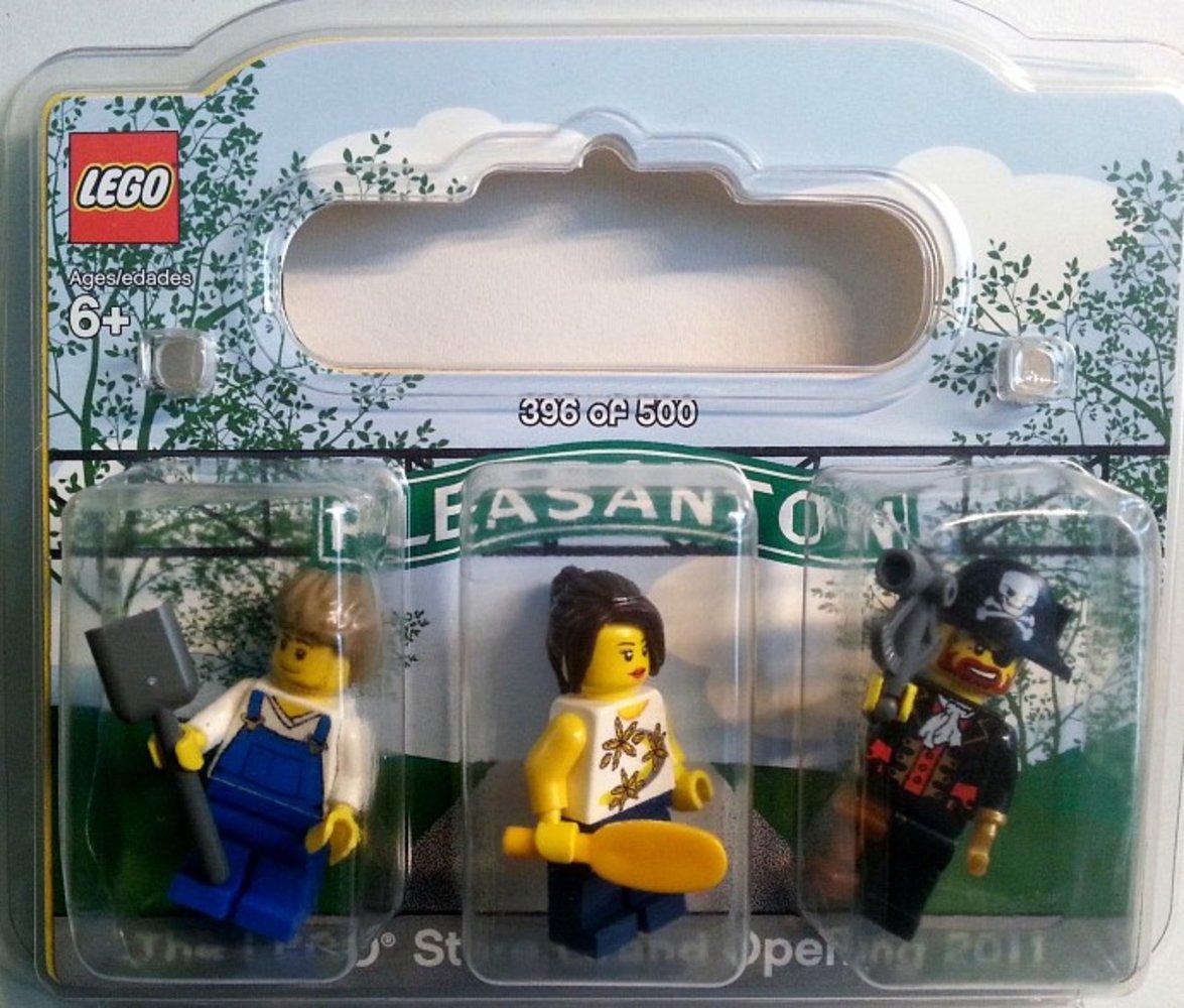LEGO Store Grand Opening Exclusive Set Stoneridge Mall Pleasanton CA