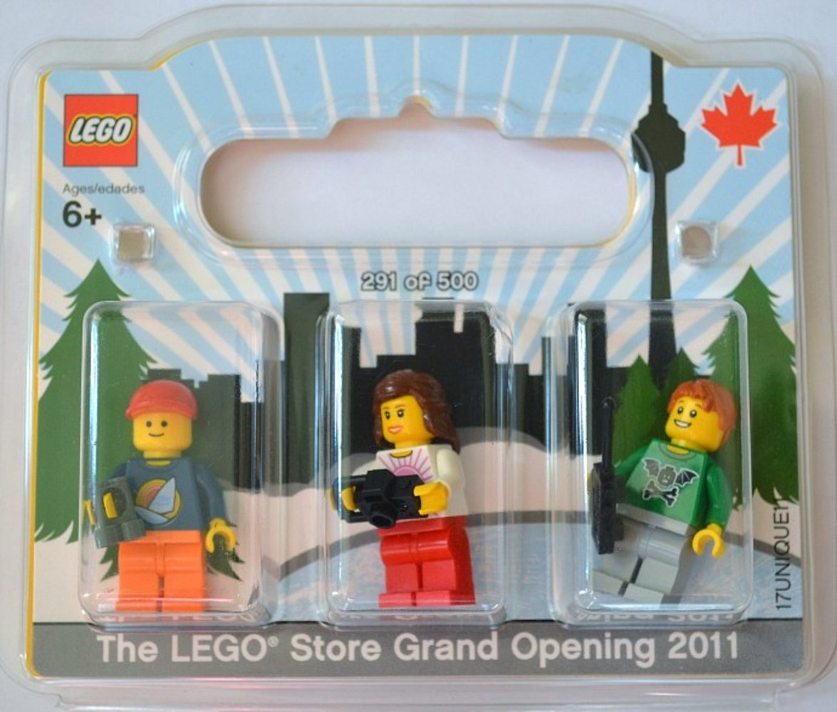 LEGO Store Grand Opening Exclusive Set, Sherway Square, Toronto, ON, Canada
