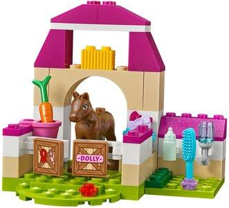 Lego Juniors 10746 Mia's Farm Suitcase