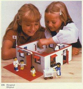 Lego Homemaker 231 Hospital