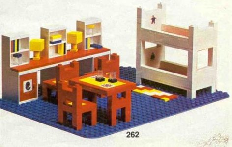 Lego Homemaker 262 Complete Children's Room Set