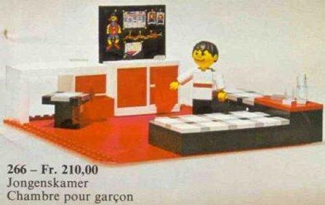 Lego Homemaker 266 Child's Bedroom