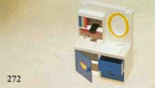 Lego Homemaker 272 Dressing Table with Mirror