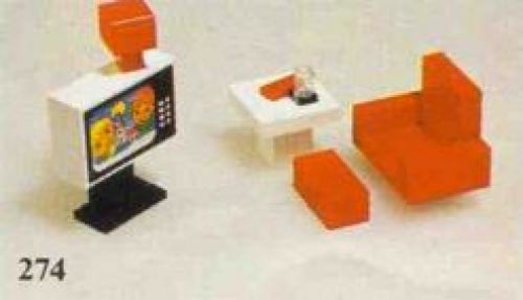 Lego Homemaker 274 Colour T.V. and Chair