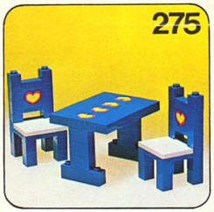 Lego Homemaker 275 Table and Chairs