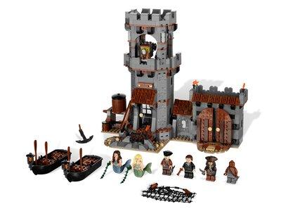 Lego Pirates of the Caribbean 4194 Whitecap Bay