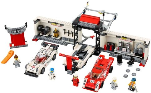 Lego Speed Champions 75876 Porsche 919 Hybrid and 917K Pit Lane