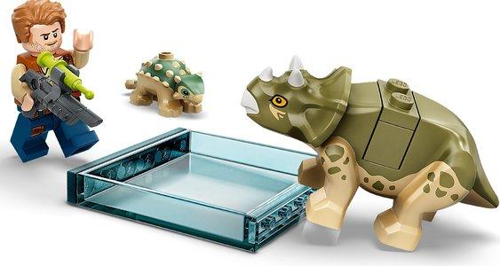 Lego Jurassic World 75939 Dr. Wu's Lab: Baby Dinosaurs Breakout